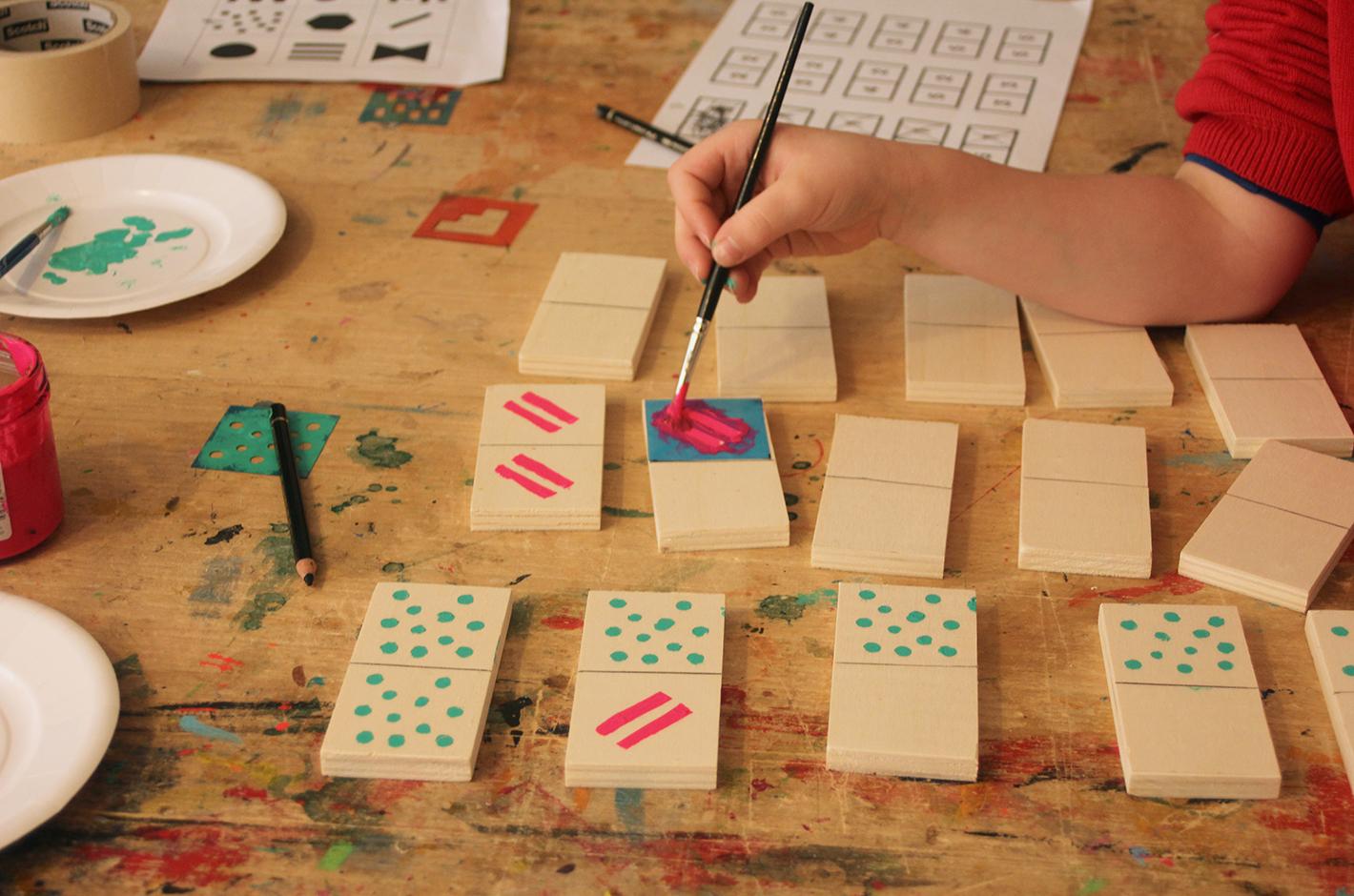 atelier fait-mai — atelier de Geppetto — dos à dos — domino objet graphique