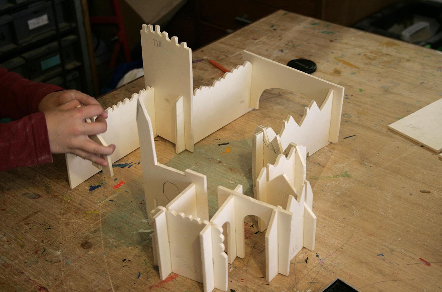 atelier fait-main — atelier de Geppetto — la ville — une ville en bois modulable